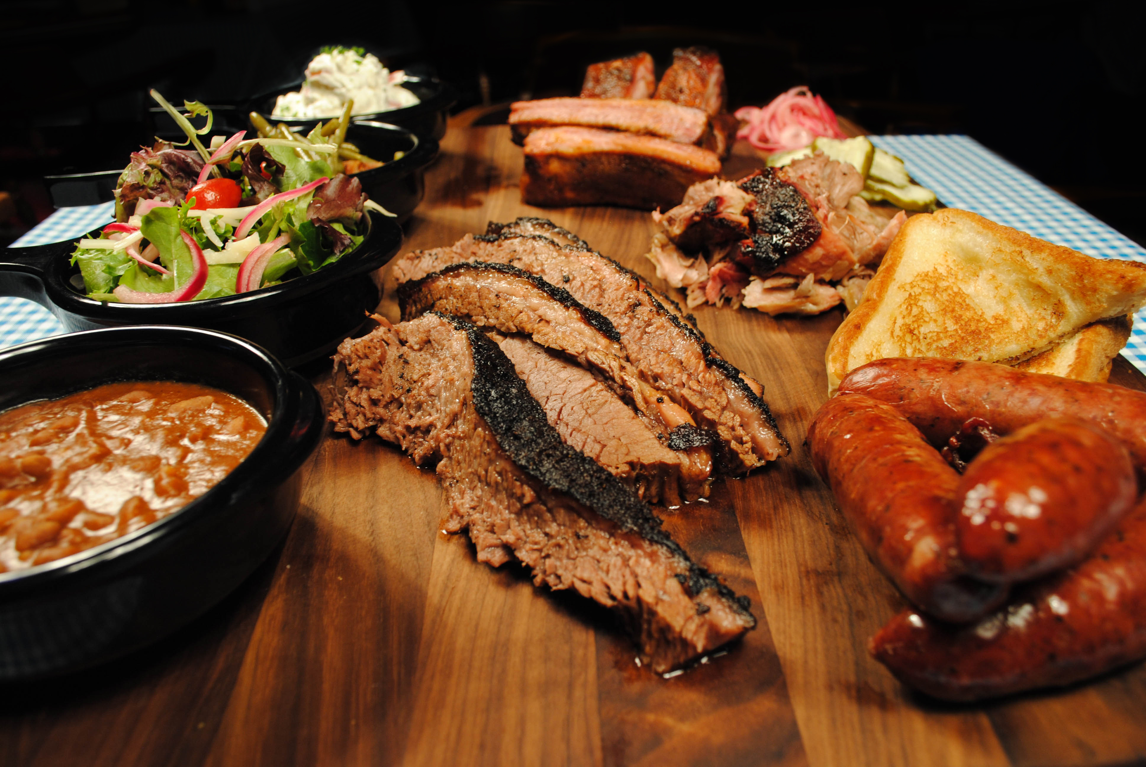 Billy Bob Bbq.Open Daily Led By Chef Chris Fersch The Honky Tonk Kitchen