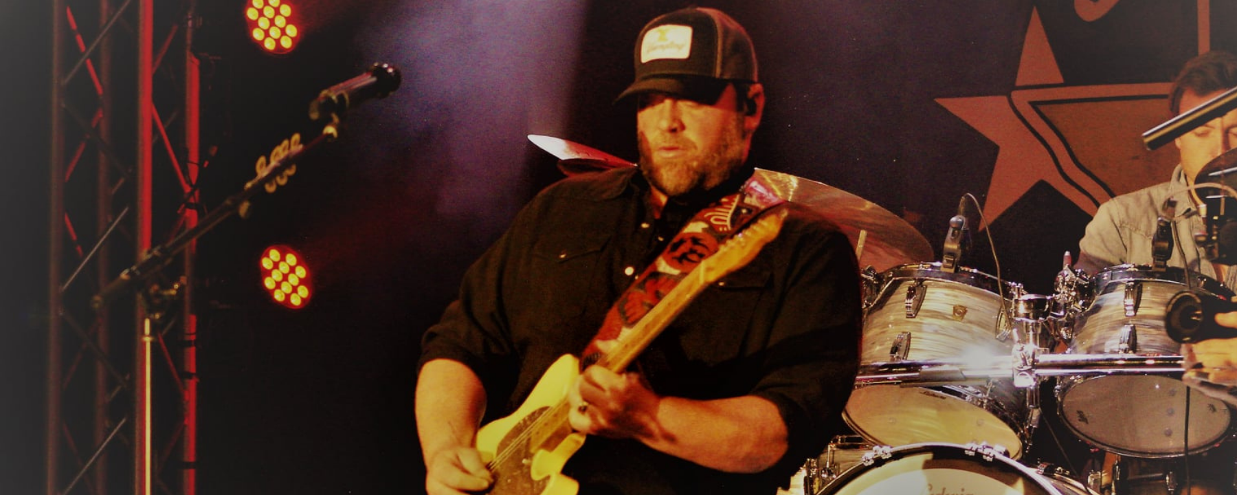 Lee Brice - Apr 17